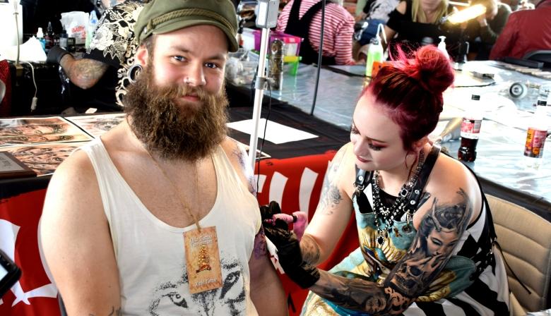 Mina tattoo artist1